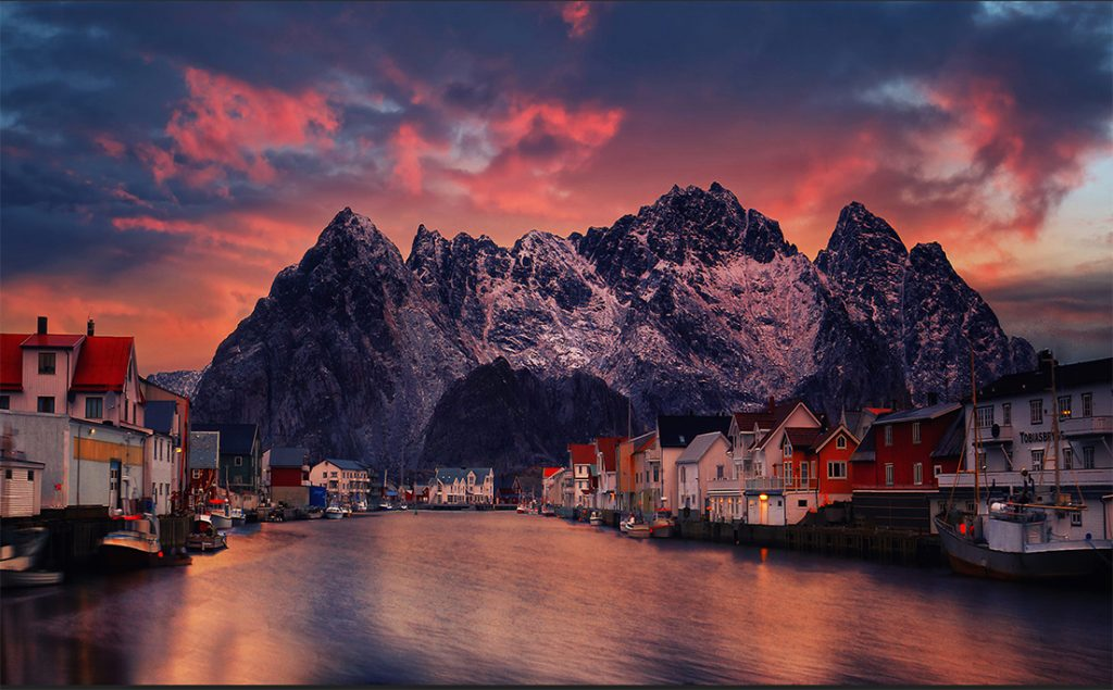 Henningsvaer at sunset by Yiannis Pavlis